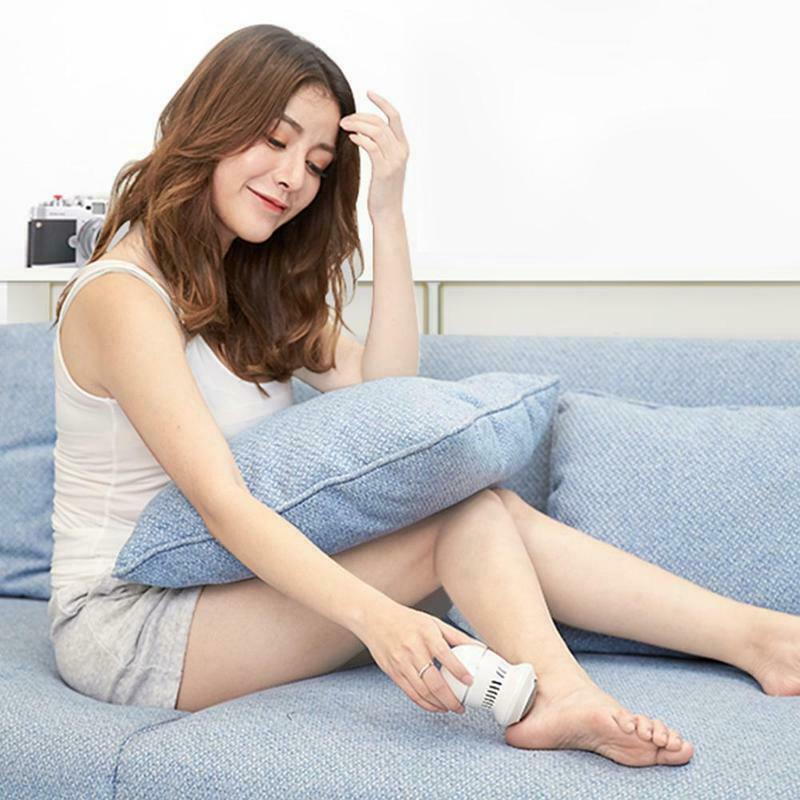 ניקוי עור יבש ברגליים